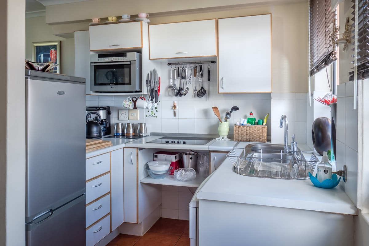 Kitchen Supplies and Appliances to Expect in Corporate Housing