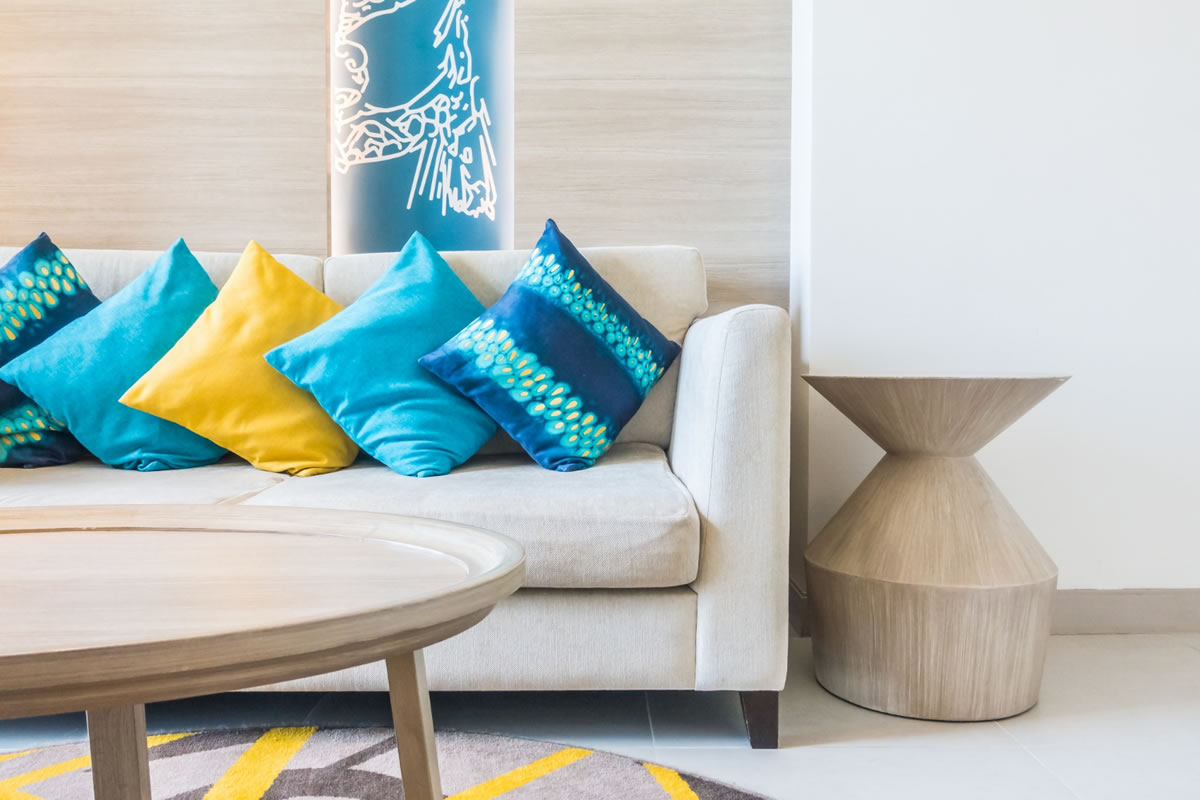 Five Simple Habits to Keep Your Temporary Home Clean Despite Being Busy with Work